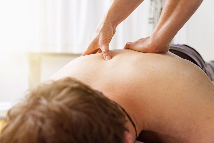 Quels sont les bienfaits de l'ostéopathie ? Vincent Sorain, ostéopathe, nous éclaire sur cette discipline.